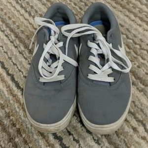 Grey Nike SB size 7 sneakers in good condition
